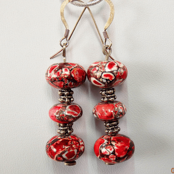 red_sea_sedament-bead-silver_spacer_beads-french_wire-earrings